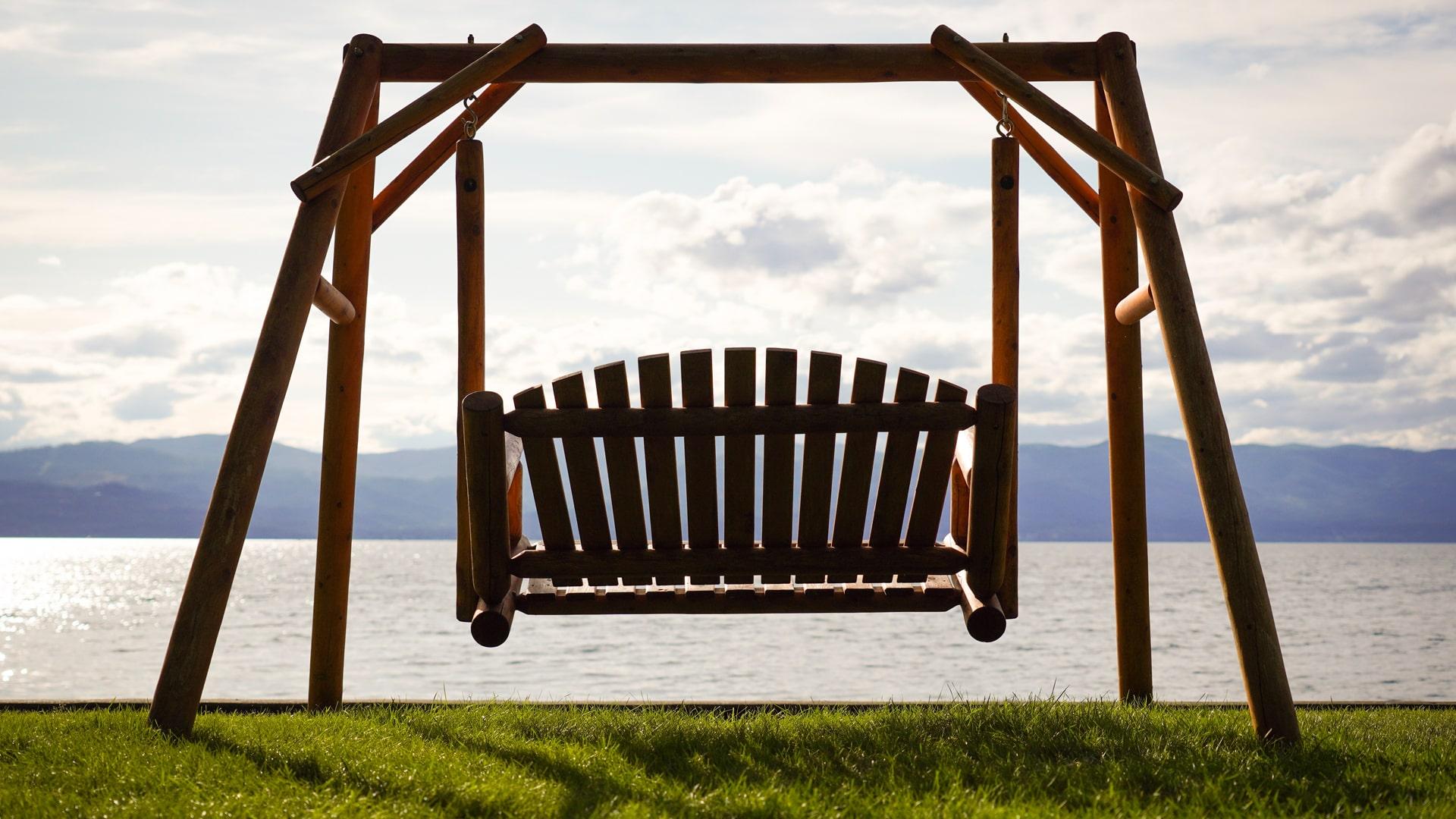 R19-Sony-Camera-Camp-2019-Flathead-Lake-Lodge-Lake-Swing-1920x1080.jpg