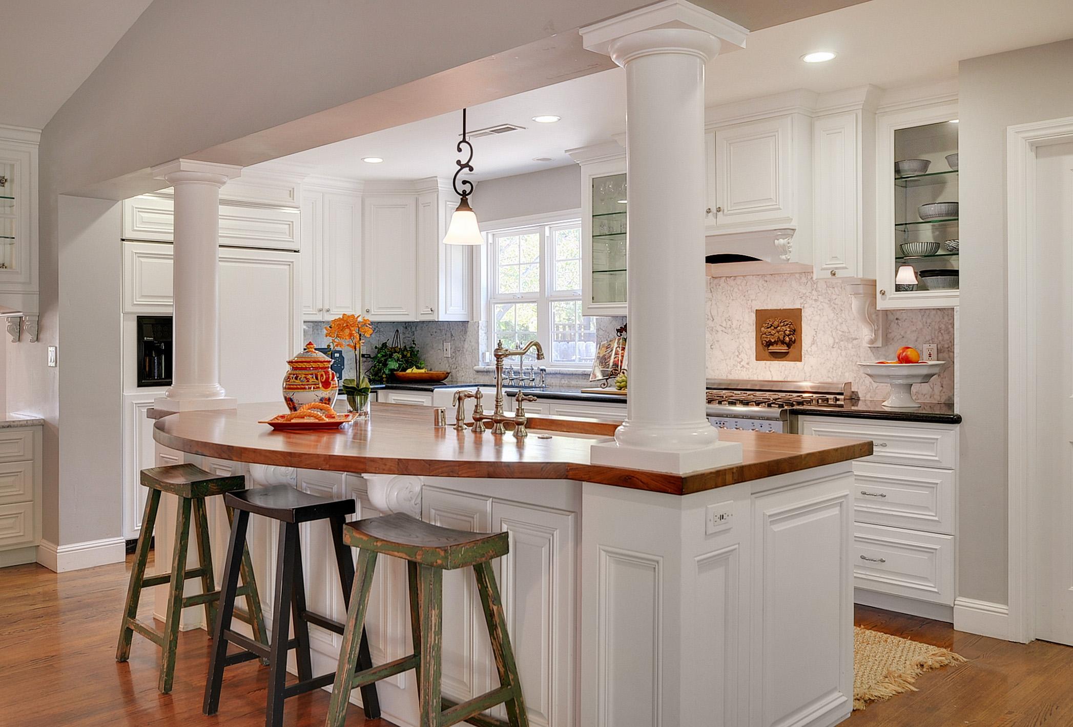 Kitchen-1314692236-O.jpg
