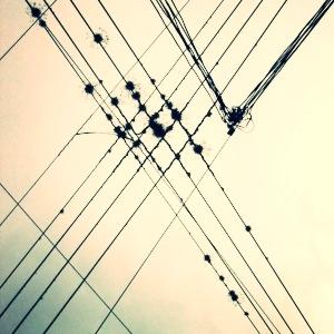 1200px-Wires.jpg