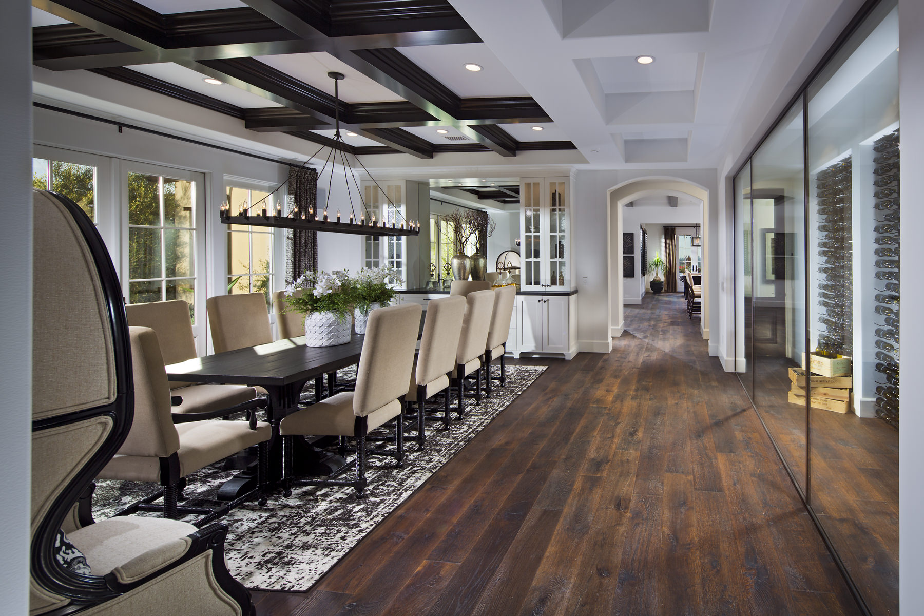 1532-20_Dining_Room_Lot10_TheArtisan_WilliamLyon_EricFiggePhotos.jpg