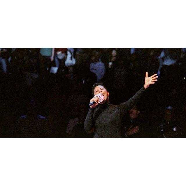 #grateful #singer #songwriter #performer #performance #stage #arena #dreams #goals #hope #black #blackgirl #blackgirlsrock #america #dream #sing #blackgirlmagic #basketball #game #goldhoops #production #smile #heart #passion #arts #media #entertainment #atlantahawks #nationalanthem #kaydene
