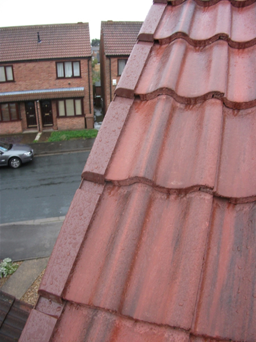 Dry Verge System installed by West Design and Build of Hedon 04.jpg
