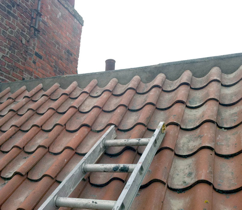 Ridge repairs by West Design and Build of Hedon, East Riding 14.jpg