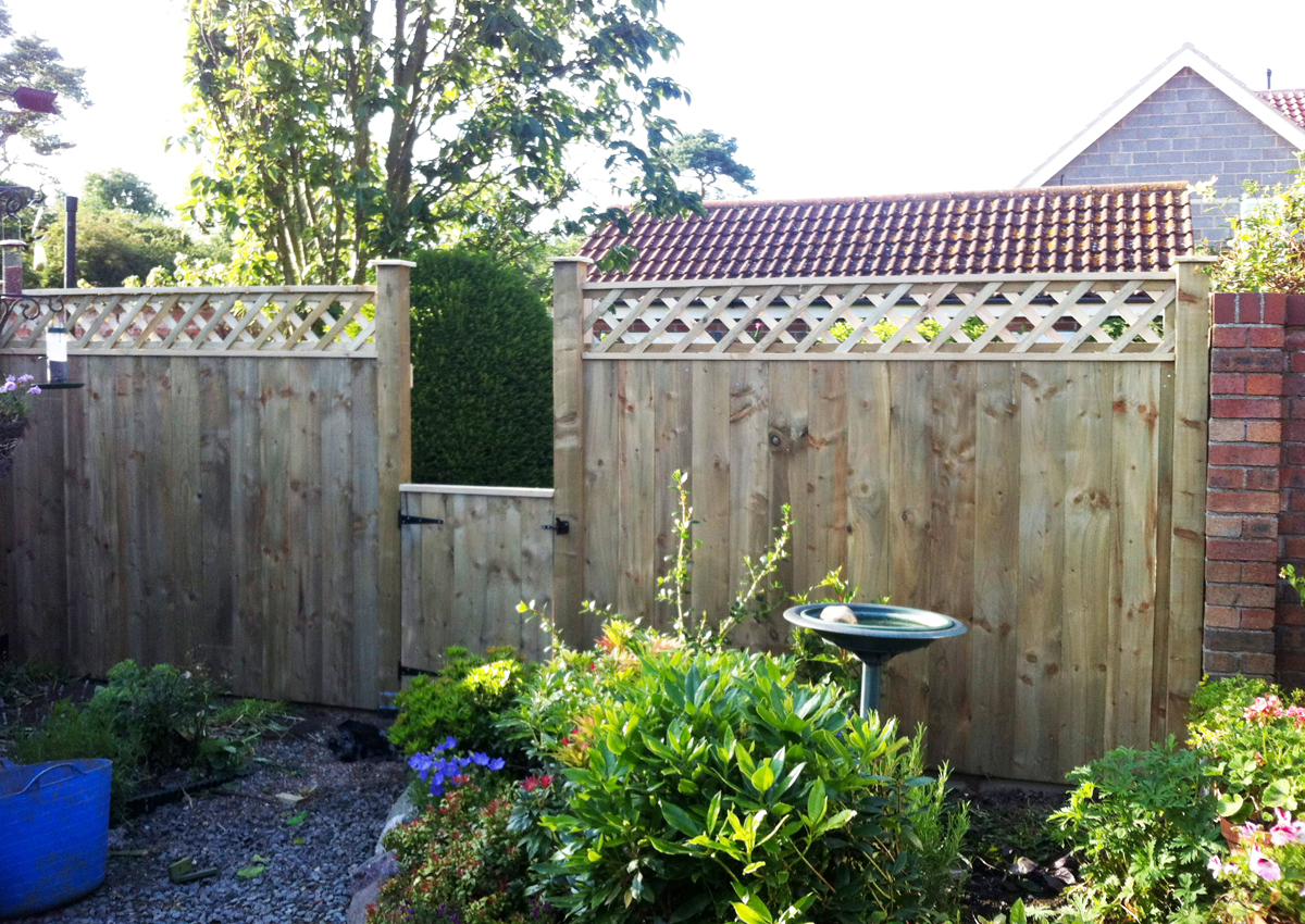 Fencing West Design and Build of Hedon © All Rights Reserved06.jpg