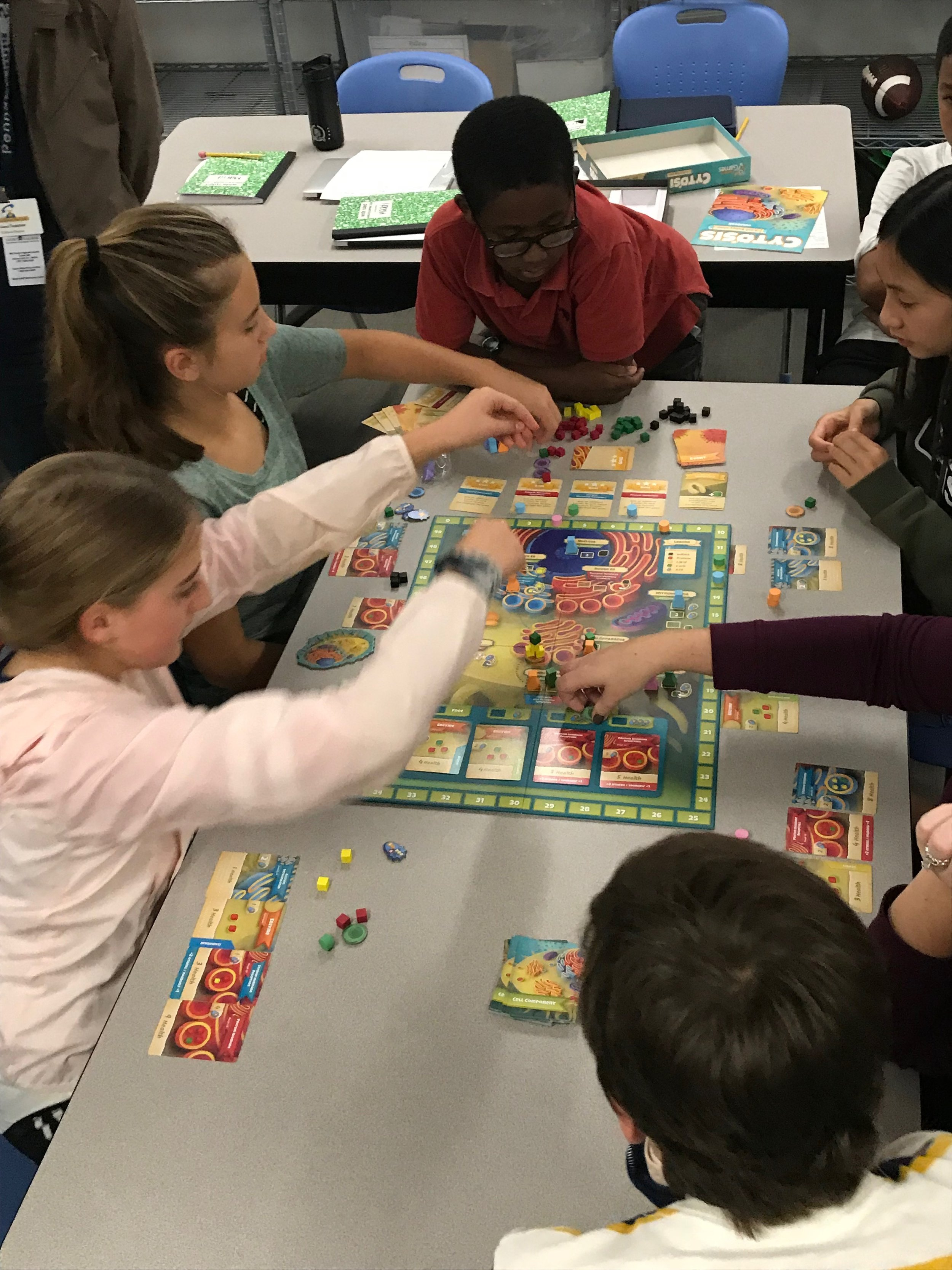 Intensives-Fall 2018-Science Board Games.JPG