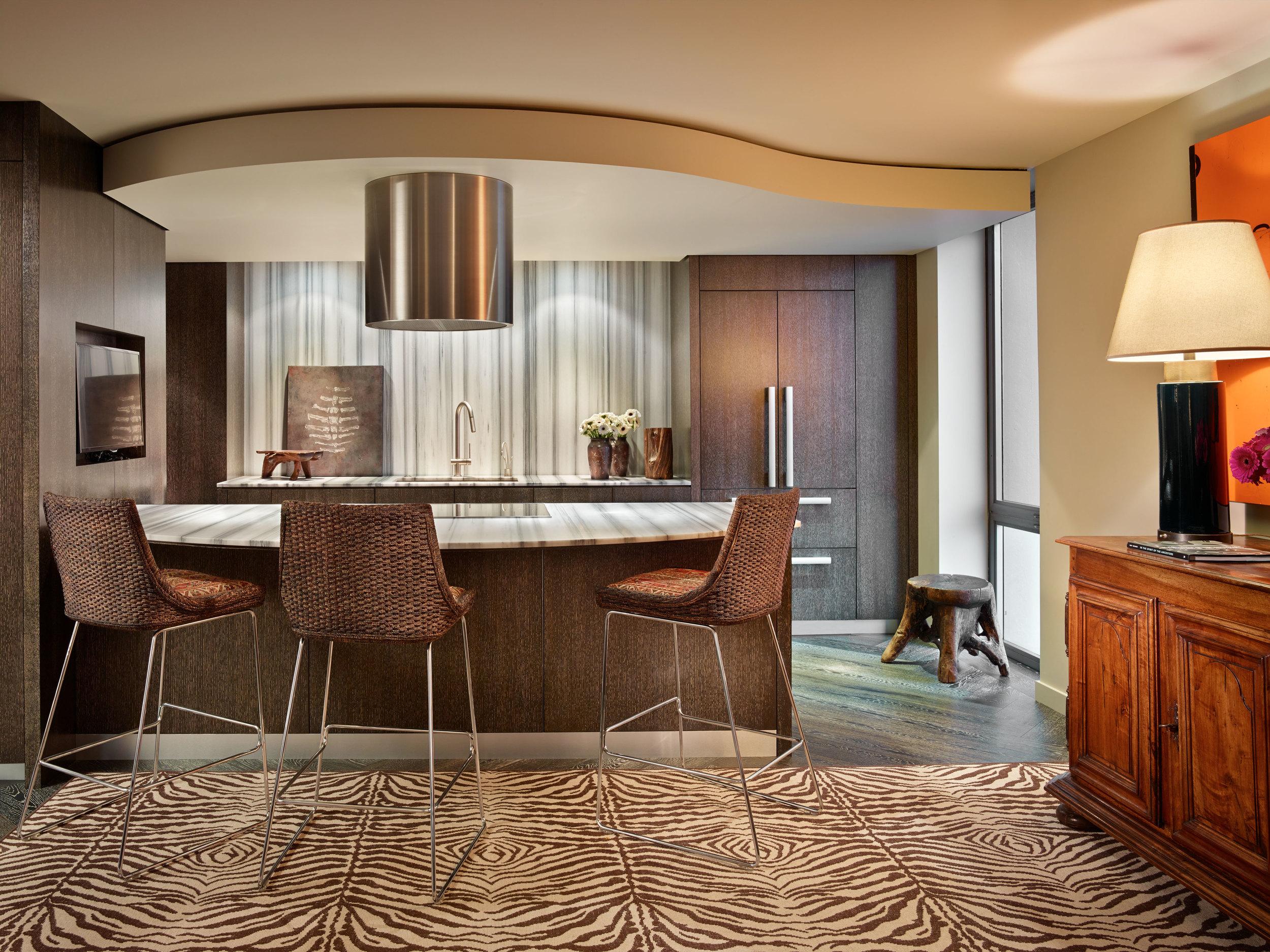 Designer: Madison Park Interiors   Photographer:  Benjamin Benschneider