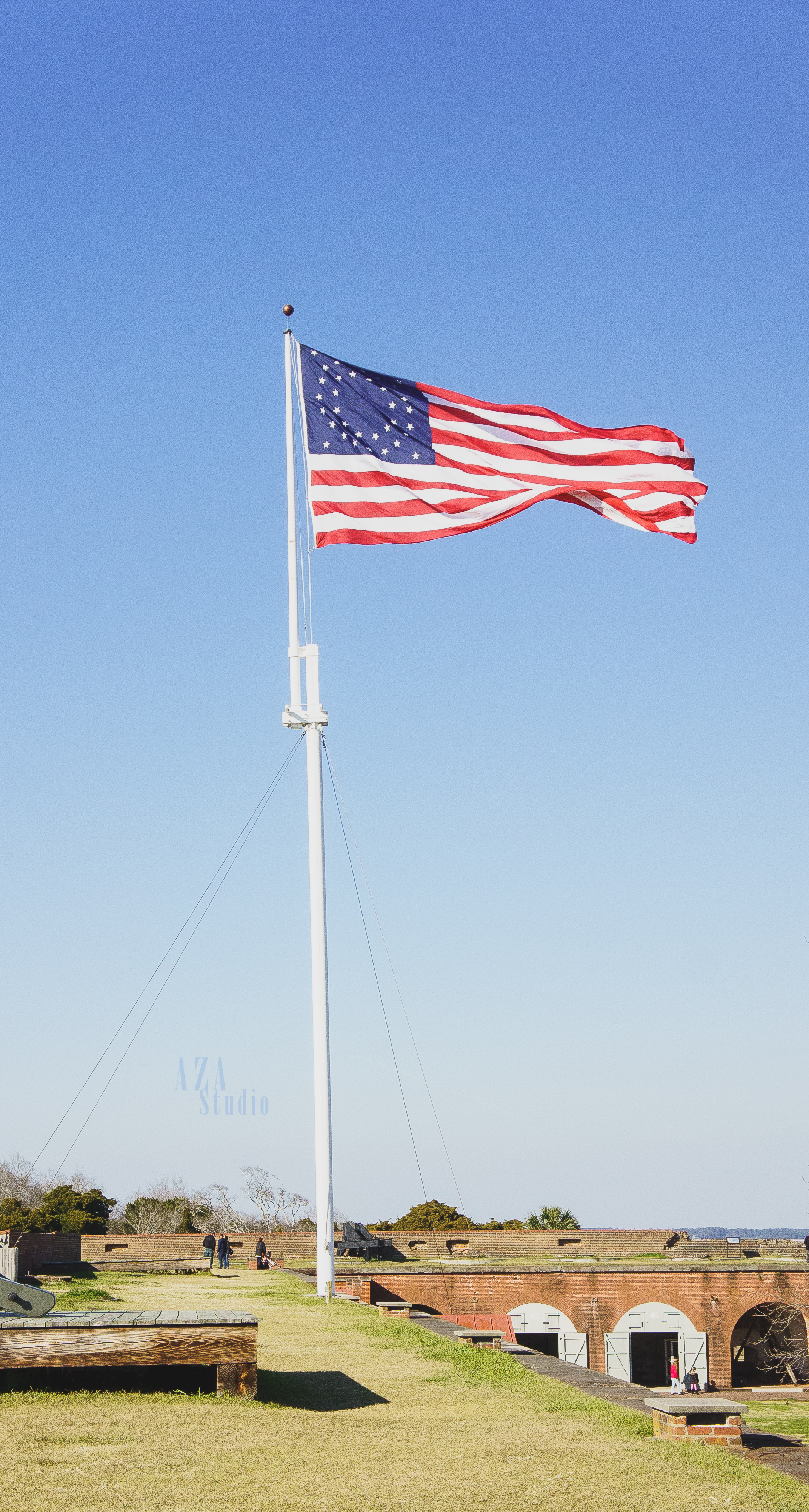 I love flags. I can't help but stop and take a picture.