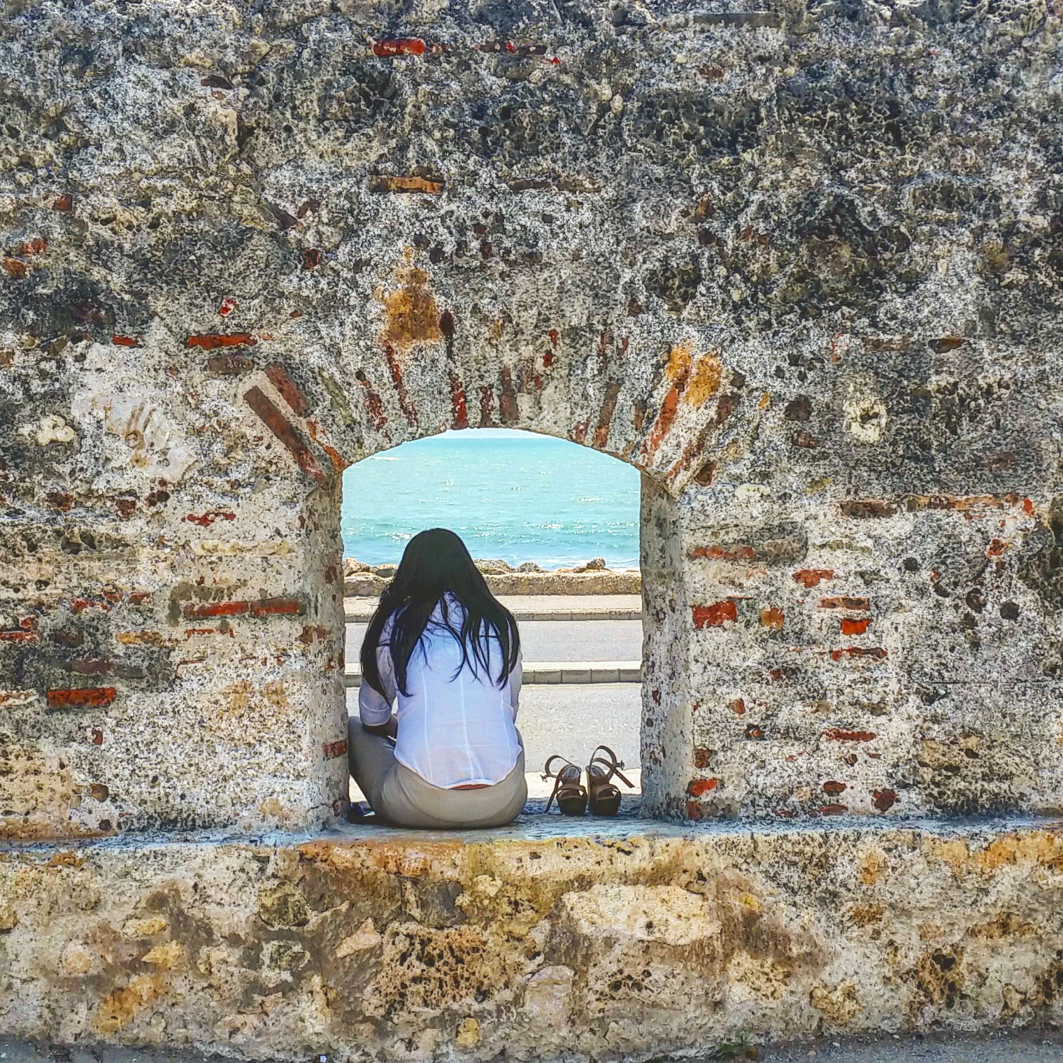 Along the famed wall of the historic area are these canon windows. Used to house large cannons during wartime. Now they act as small, seated windows where you often see young lovers at dusk canoodling with each other or, solo wanderers eating their lunch.