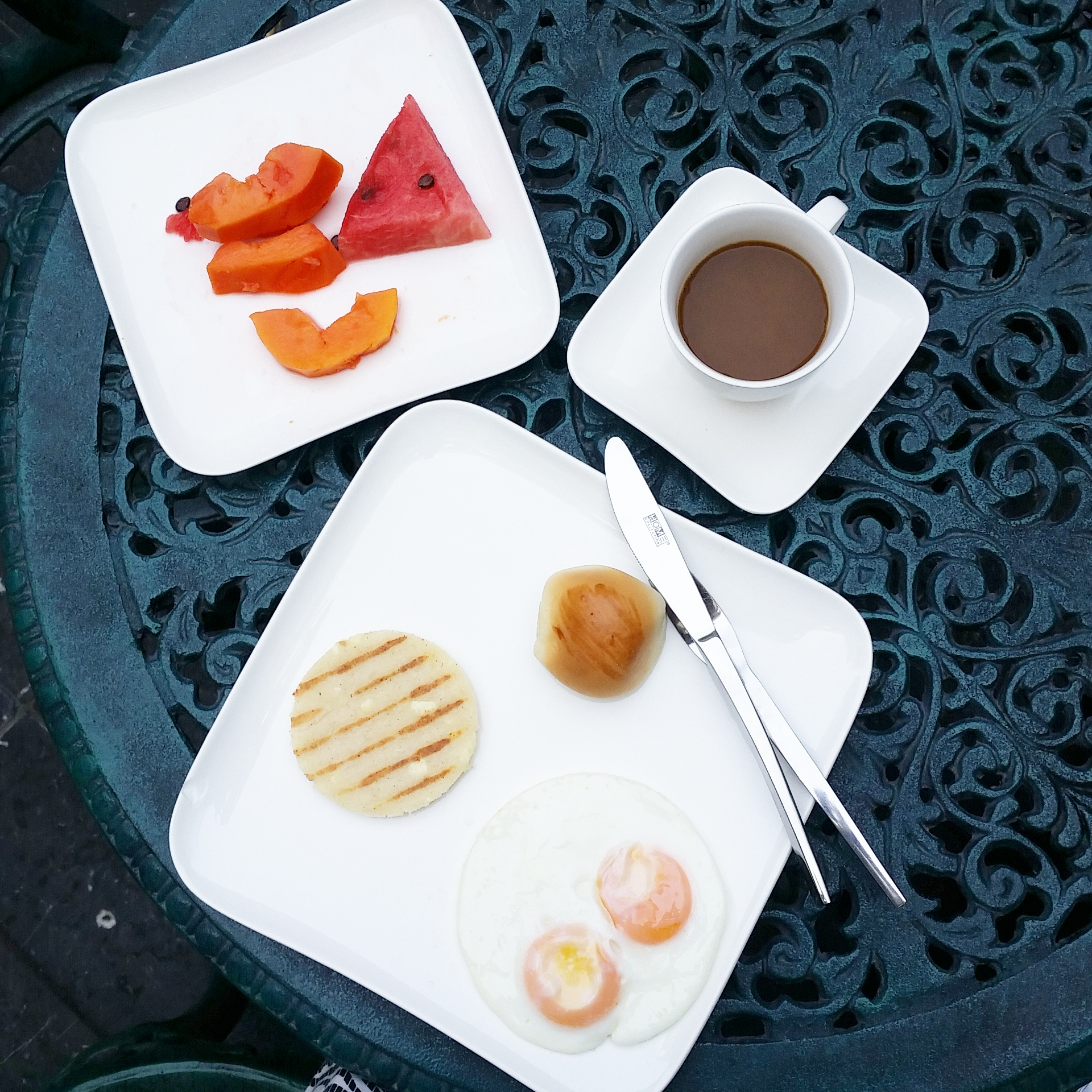 My very simple but delicious breakfast at the Hotel Antilleria.