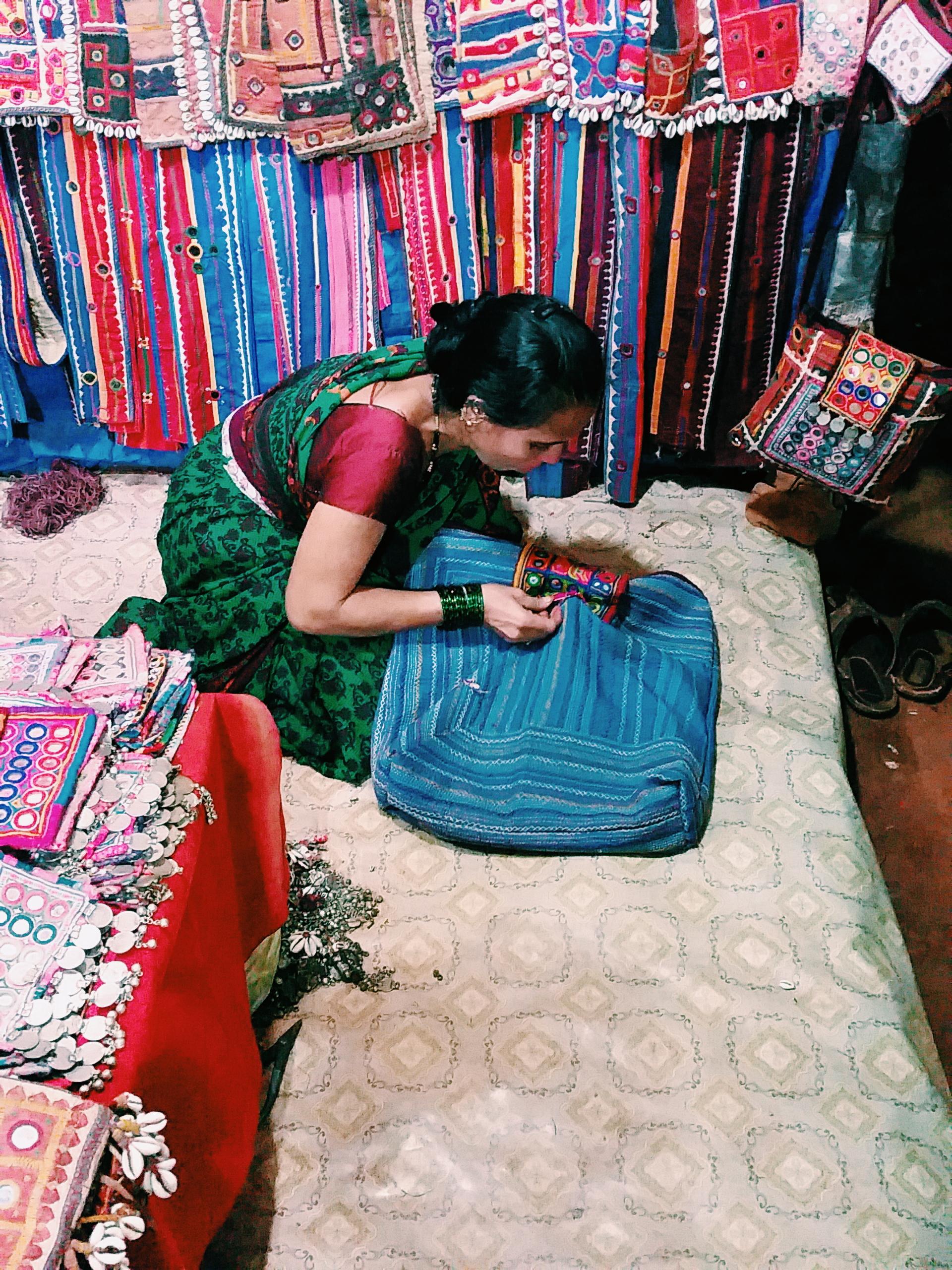 sunita making banjara bag