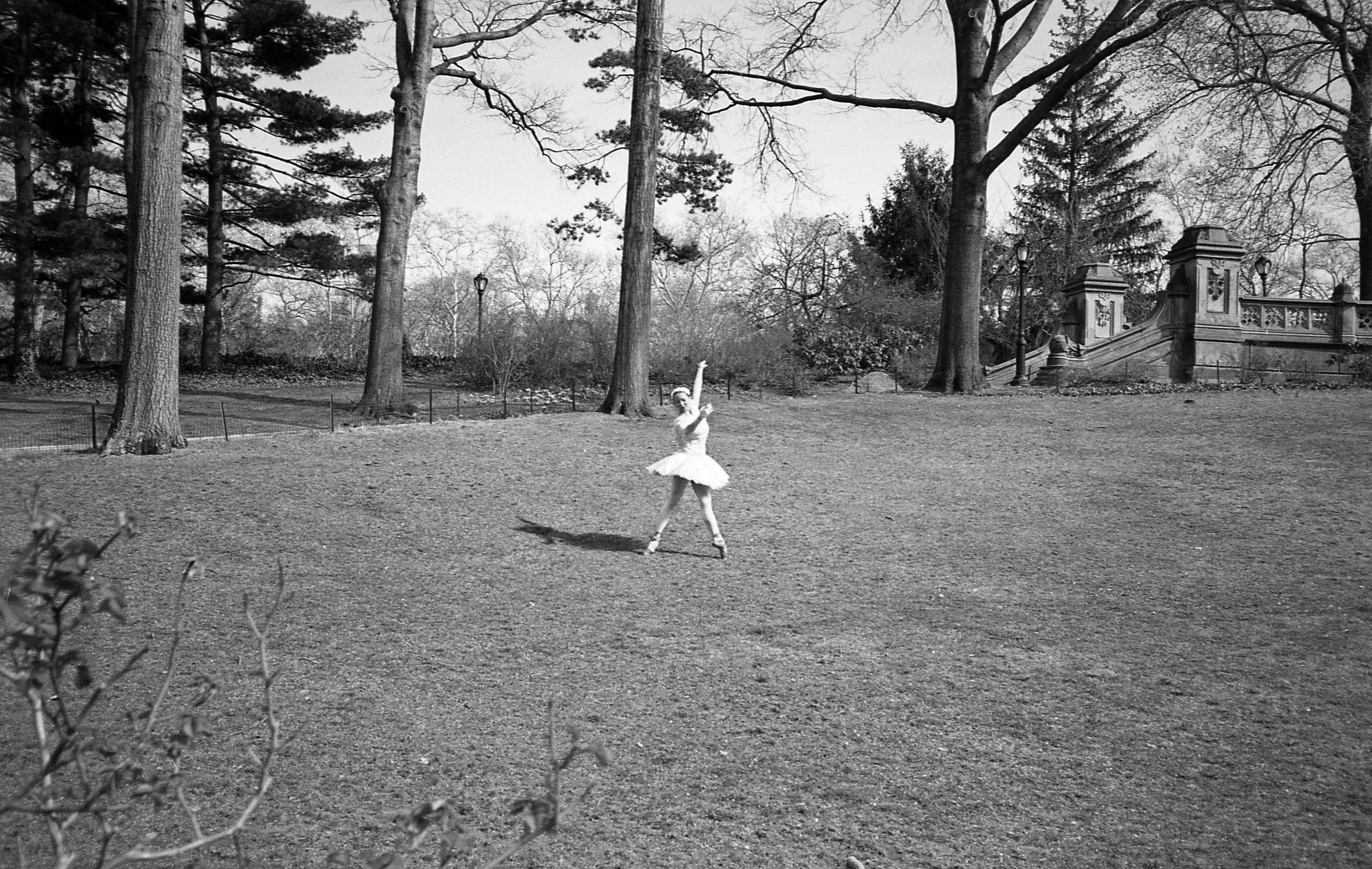 ballet dancer central park bw.jpg