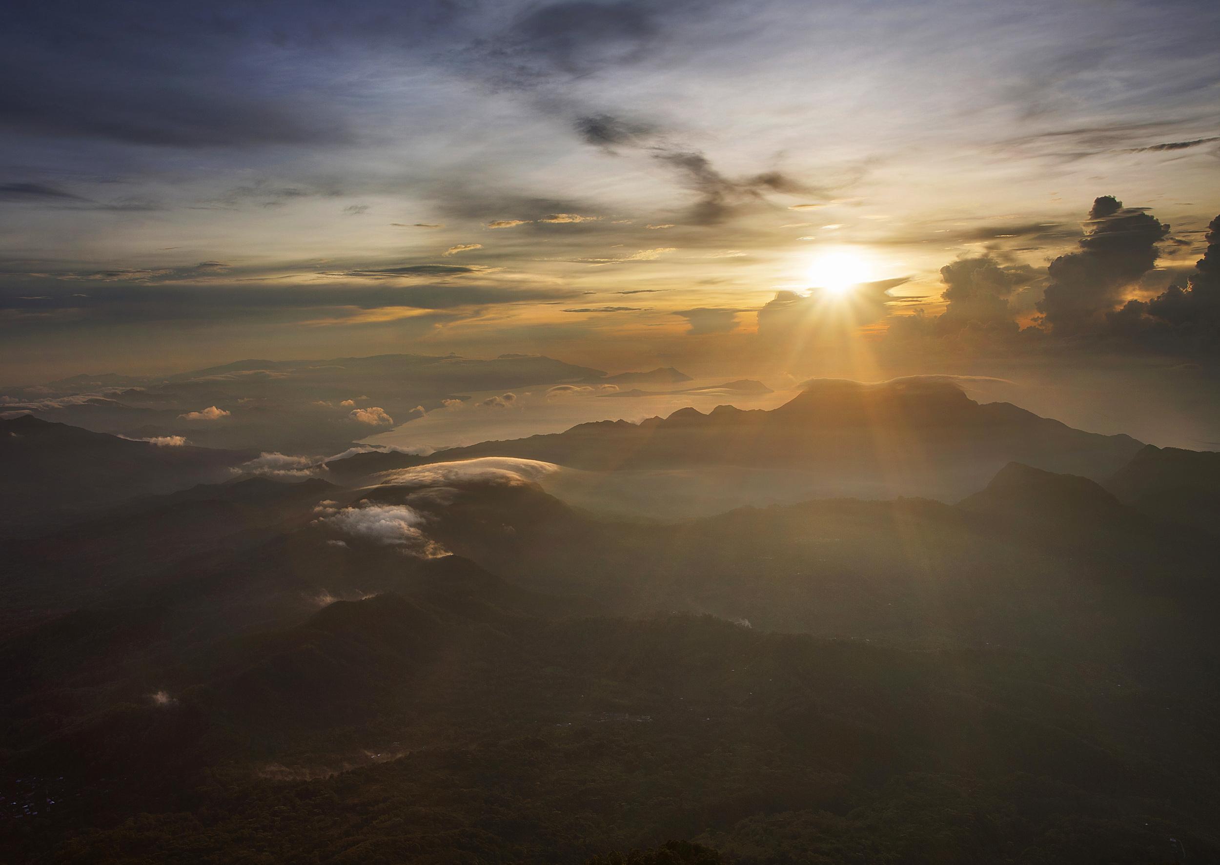ebolobo sunrise.jpg