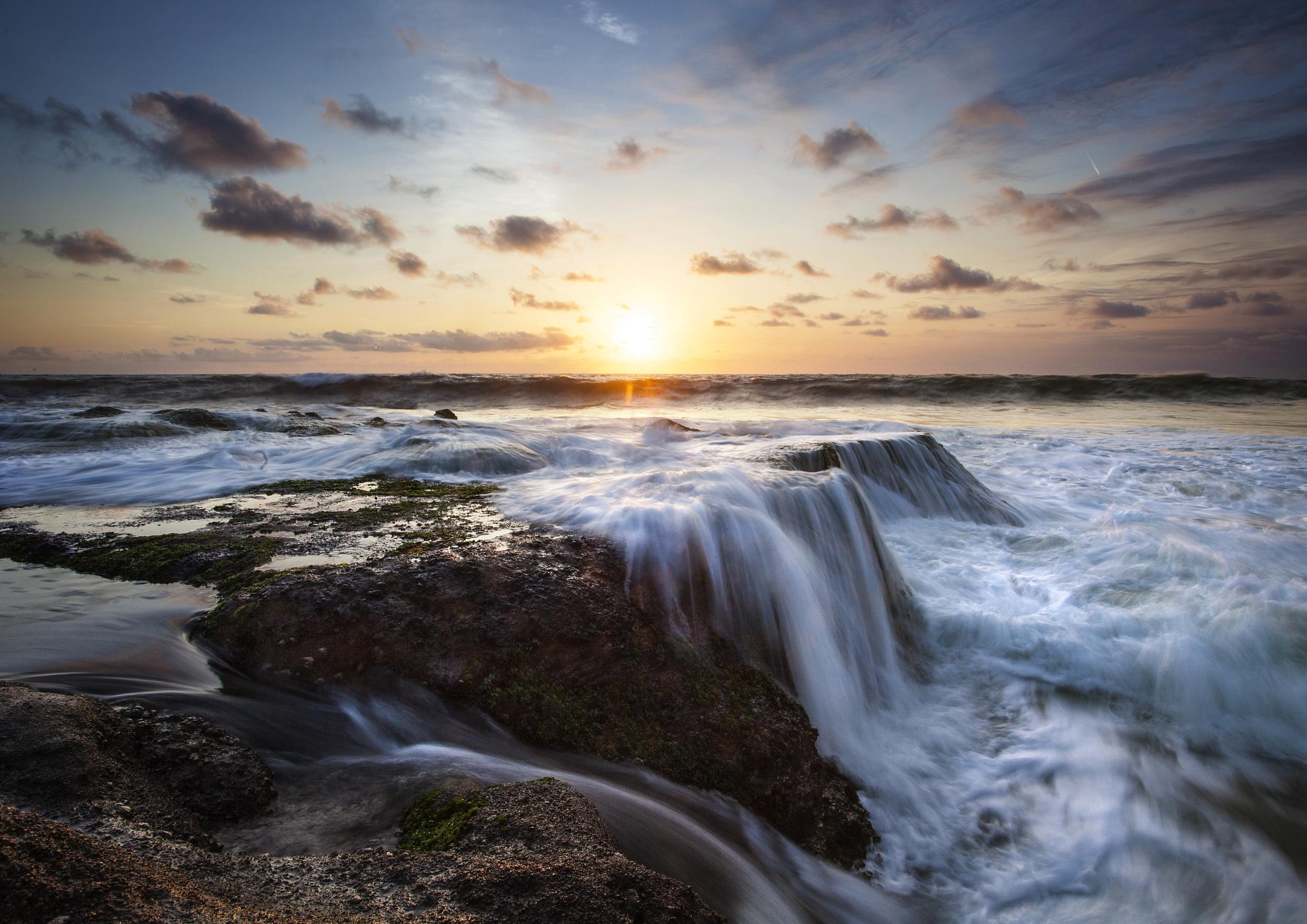 water cascade.jpg
