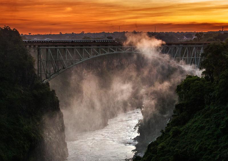 bridge over the Zambezi connecting Zimbabwe and Zambia