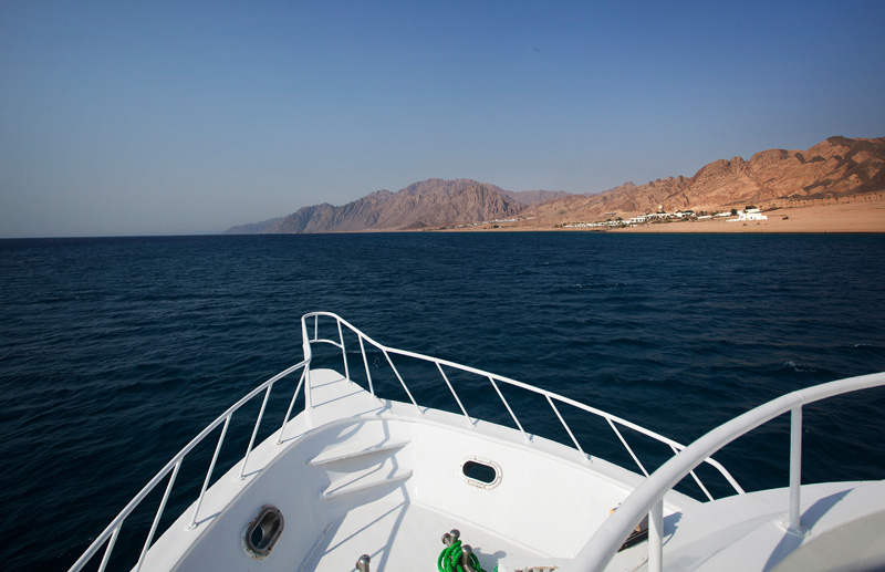 did one day on the boat. As you can see it's just desert and ocean. Brown and blue.