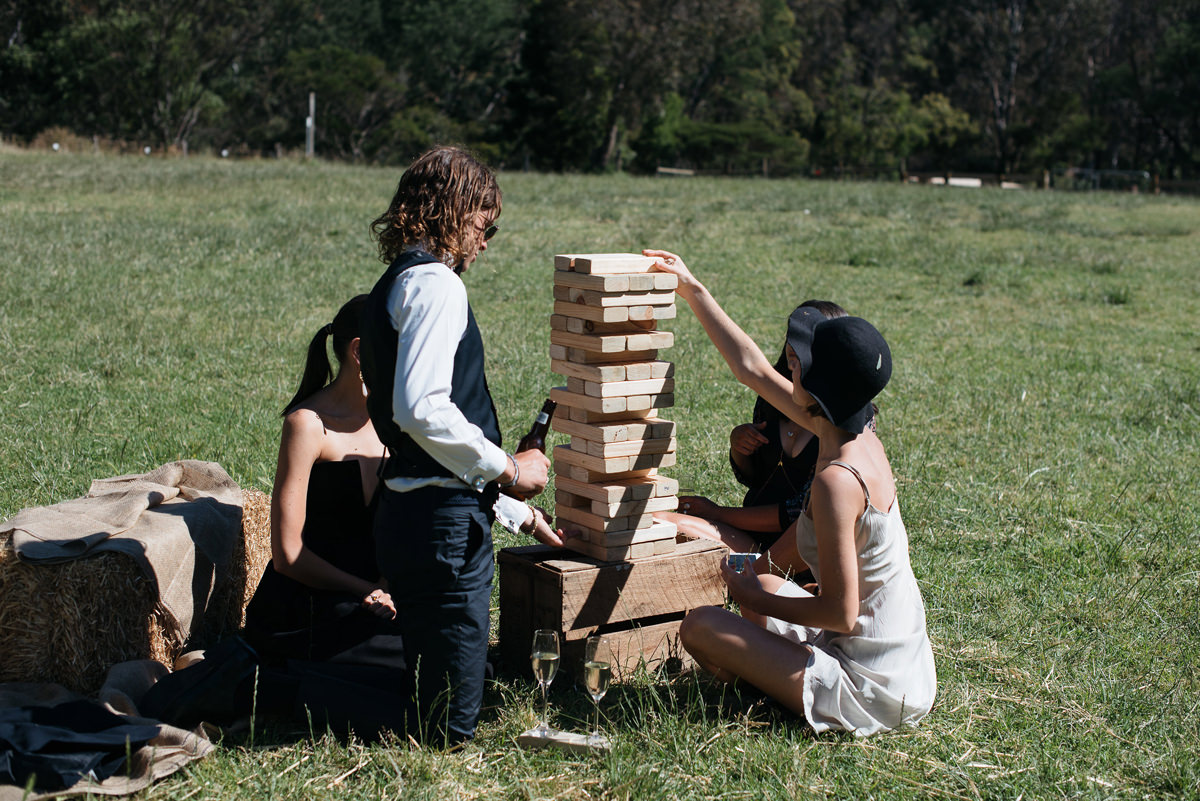 068-relaxed-melbourne-farm-wedding.jpg