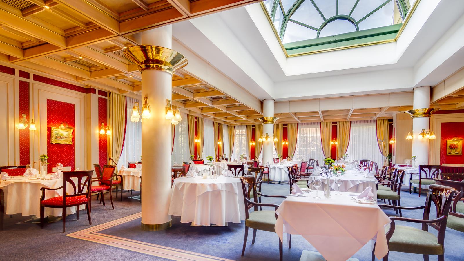 Hotel Savoy-9.jpg