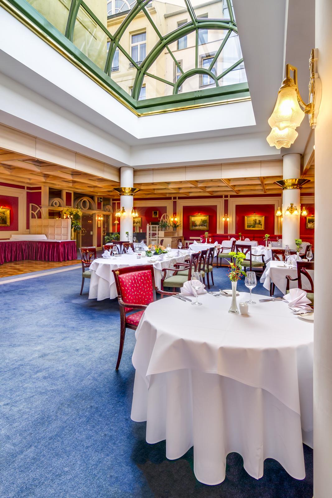 Hotel Savoy-13.jpg