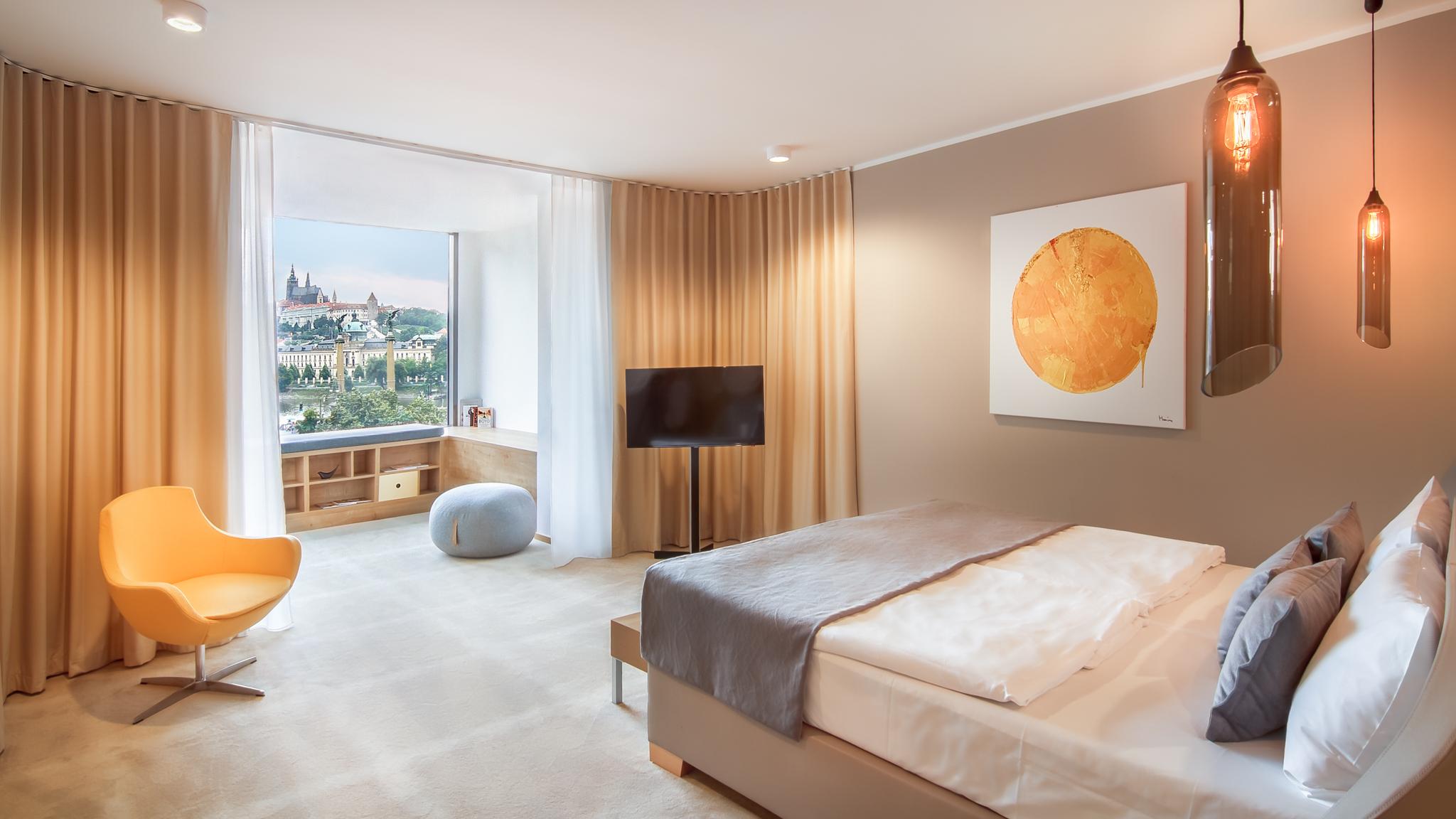 Hotel President_New_Rooms_72dpi-2.jpg