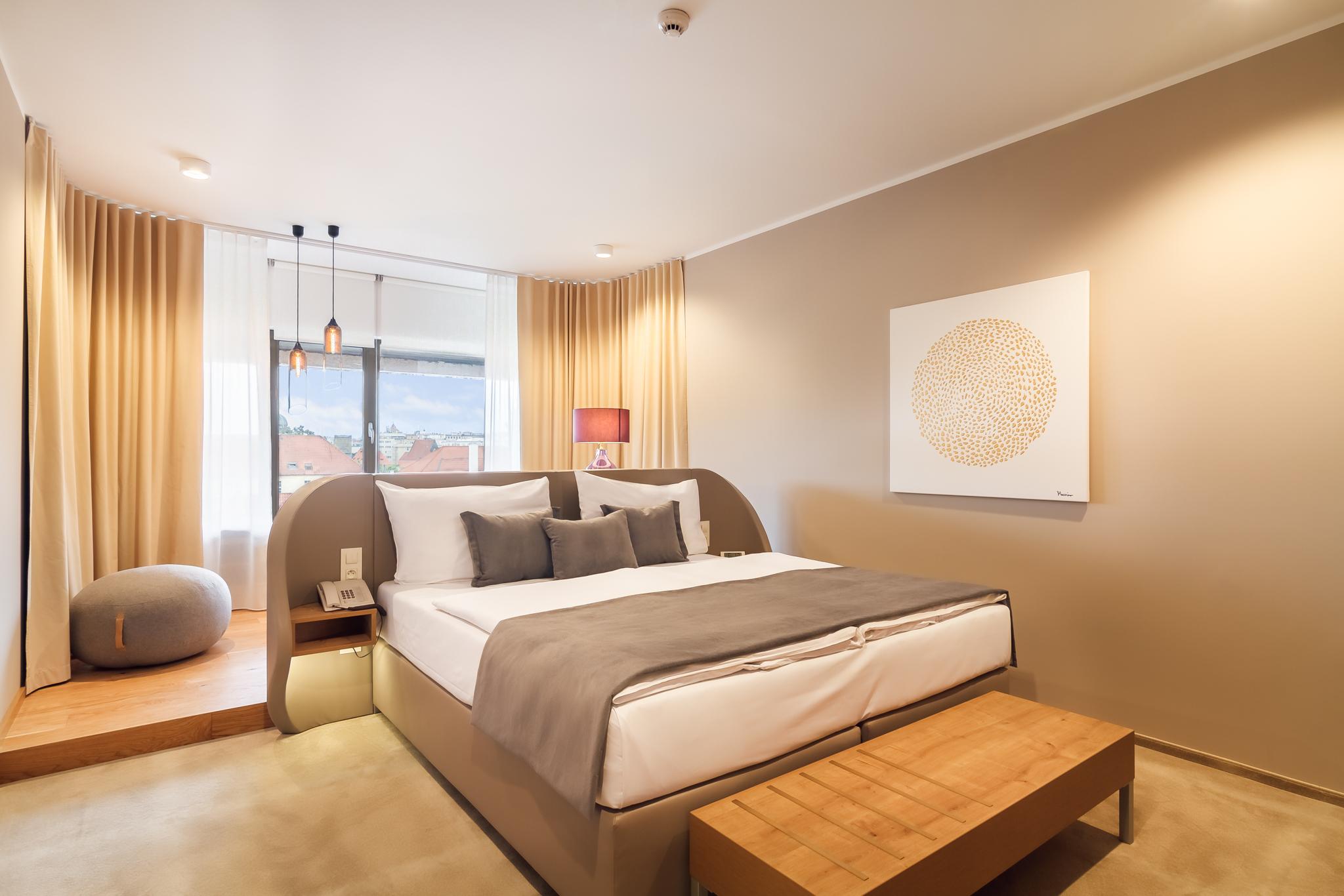 Hotel President_New_Rooms_72dpi-6.jpg