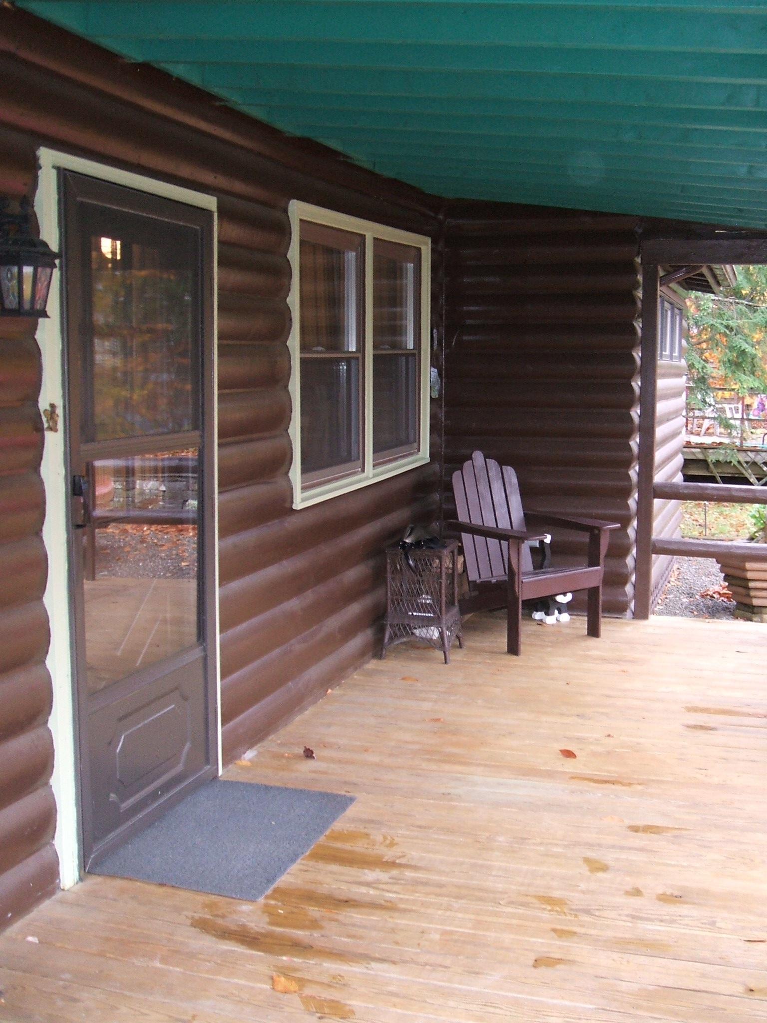 2 Front Porch.JPG