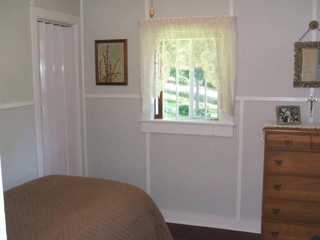 MG Bedroom 2.jpg