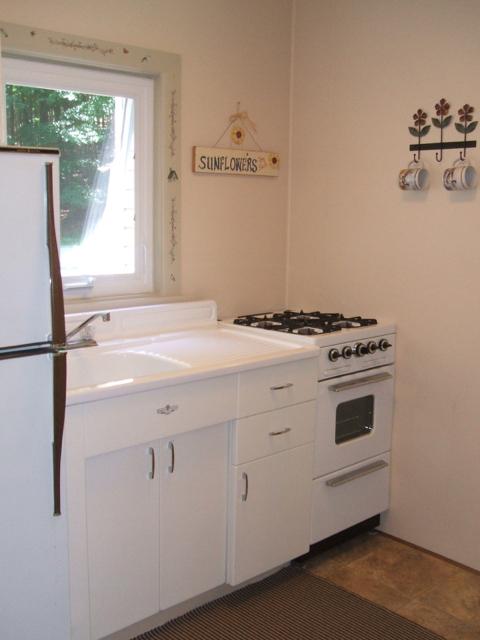MG Kitchen 1.jpg