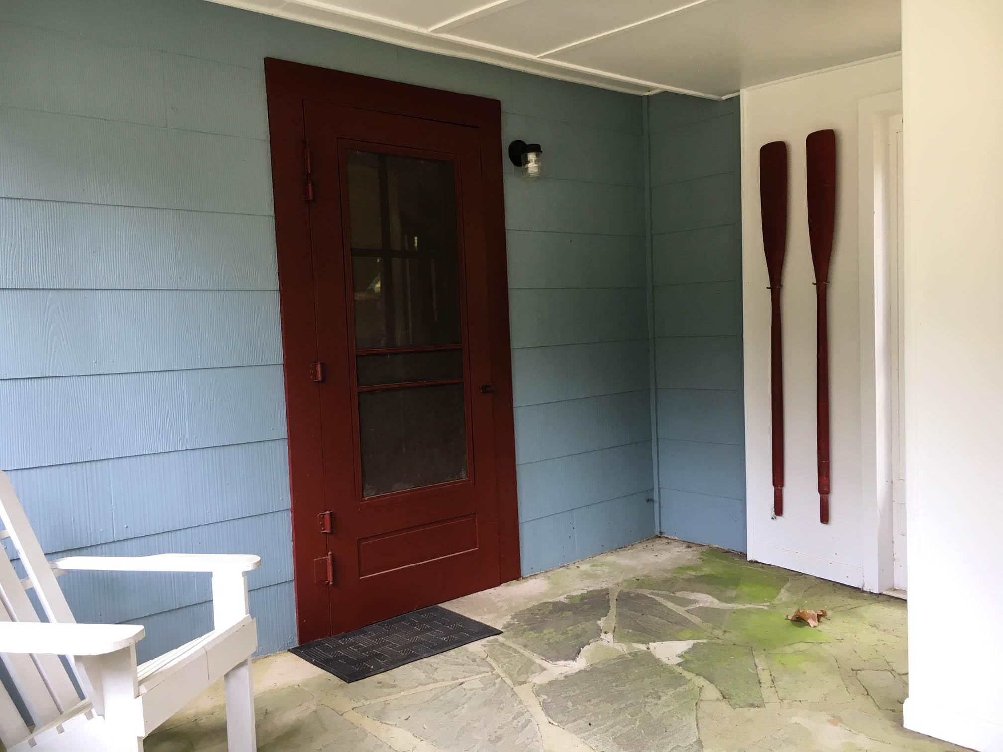 cabin_porch2.jpg