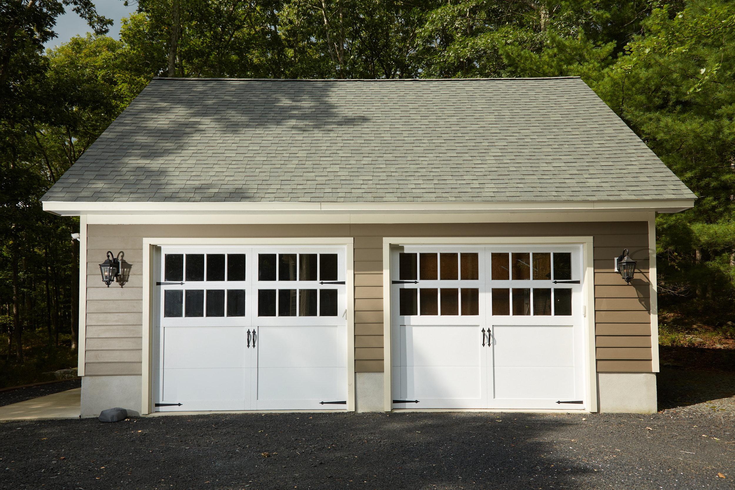 Image 25 Garage.jpg