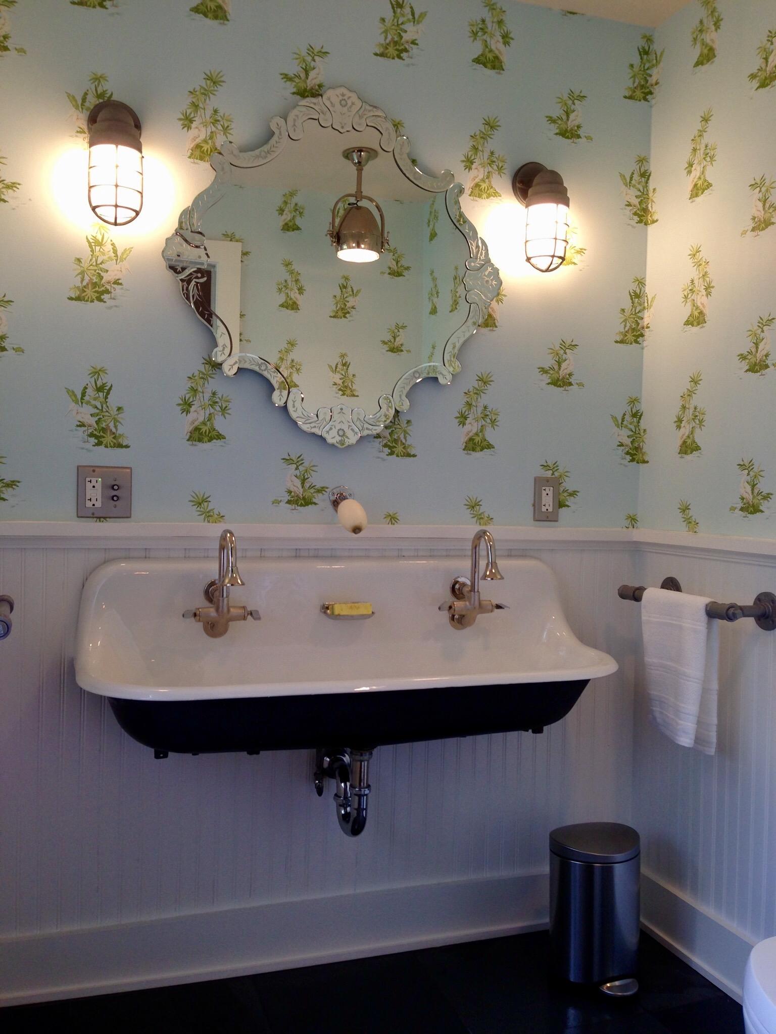 bathsink2.jpg