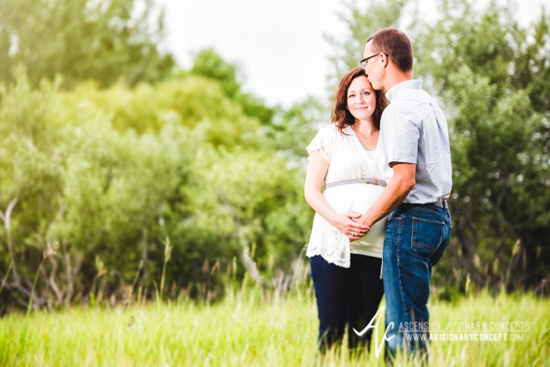 Maternity-Photography-Mike-Ella-02.jpg