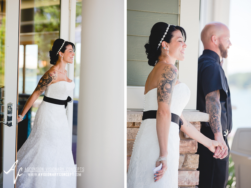 Buffalo-Wedding-Photography-VND-011-Bride-Groom-First Looks-Niawanda-Park-Pavilion.jpg