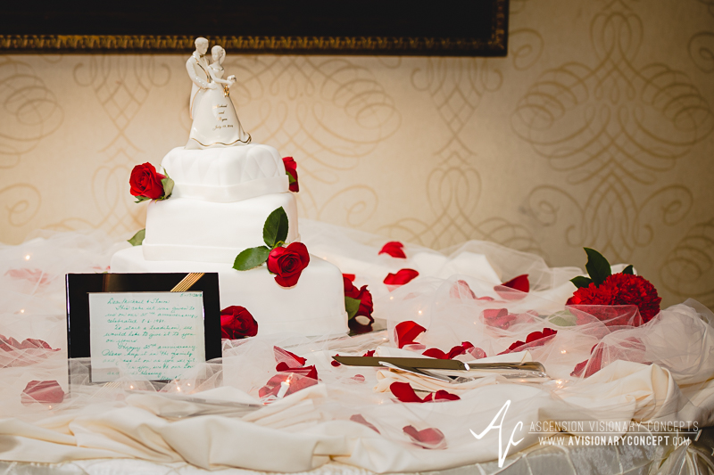 RS-MC-Wed-030-Salvatores-Italian-Gardens-Reception-Wedding-Cake.jpg