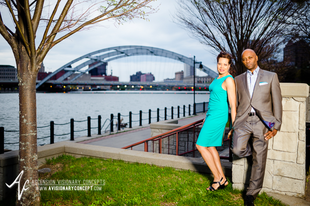Buffalo Rochester Engagement Photography Spring Photography 008c Genesee Gateway Park Frederick Douglass-Susan B Anthony Memorial Bridge.jpg
