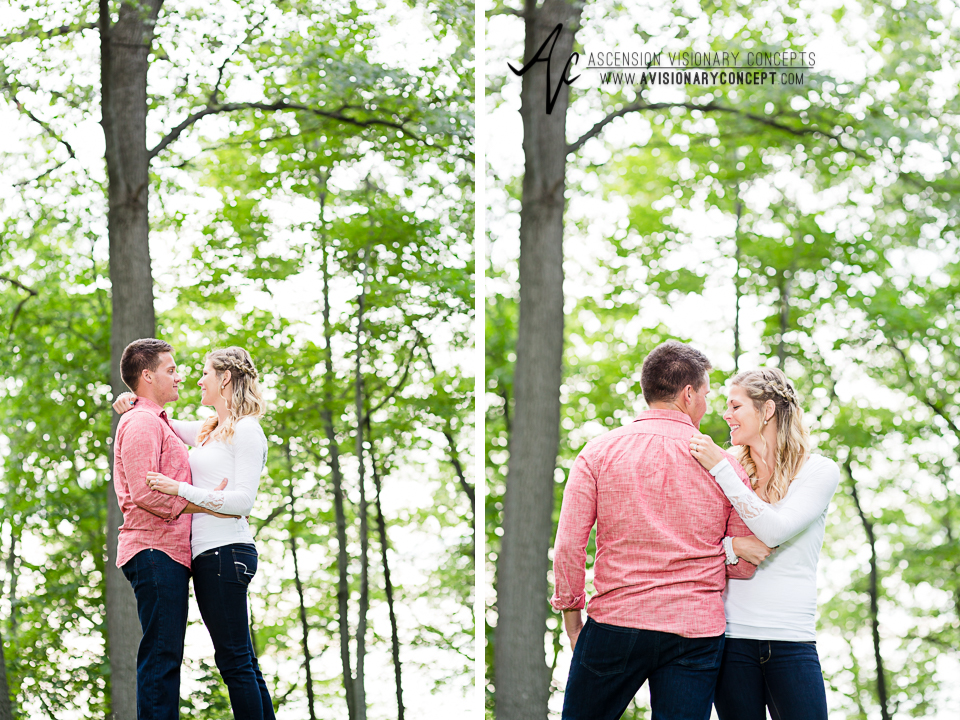 Rochester Engagement Photography 001 - Mendon Ponds Park.jpg