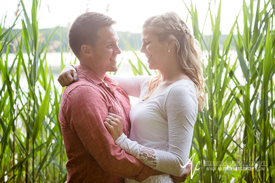 Rochester Engagement Photography 009 - Mendon Ponds Park.jpg