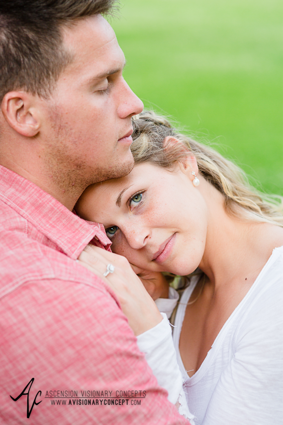 Rochester Engagement Photography 022 - Mendon Ponds Park.jpg