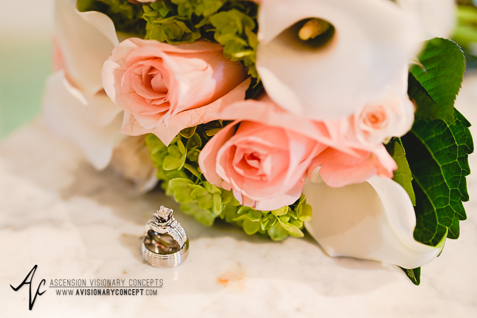 Buffalo Wedding Photography 04 Diamond Hawk Wedding - Bride Bouquet Wedding Rings.jpg