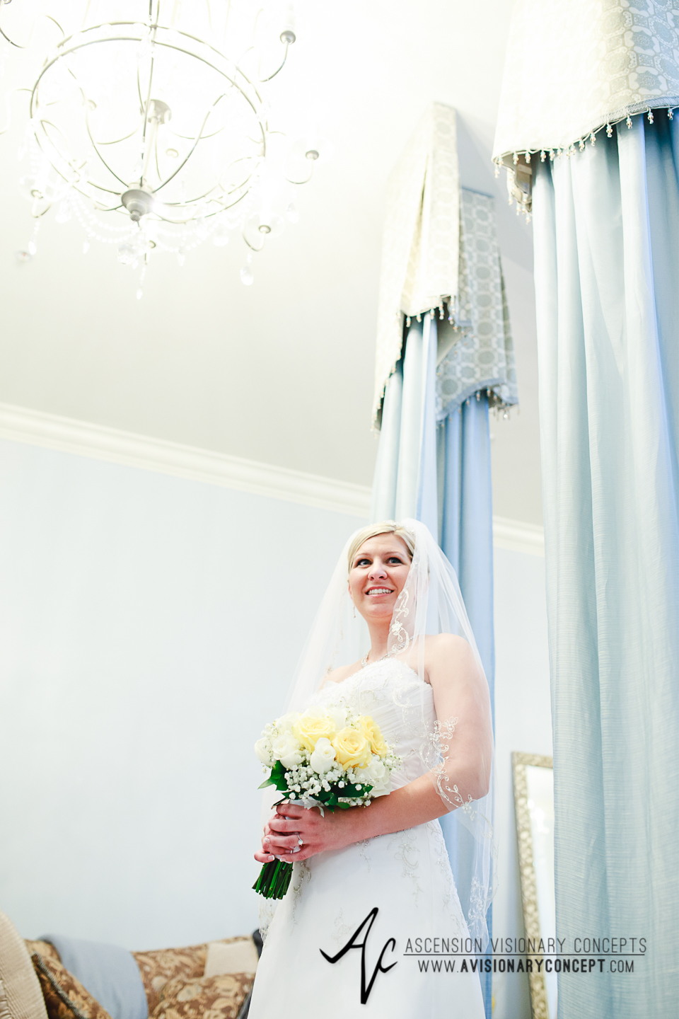 Buffalo Wedding Photography Avanti Mansion 15 Bride Portrait.jpg
