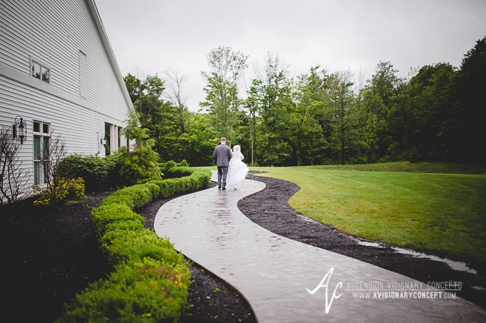 Buffalo Wedding Photography Avanti Mansion 41 Bride Groom Couples Portraits.jpg