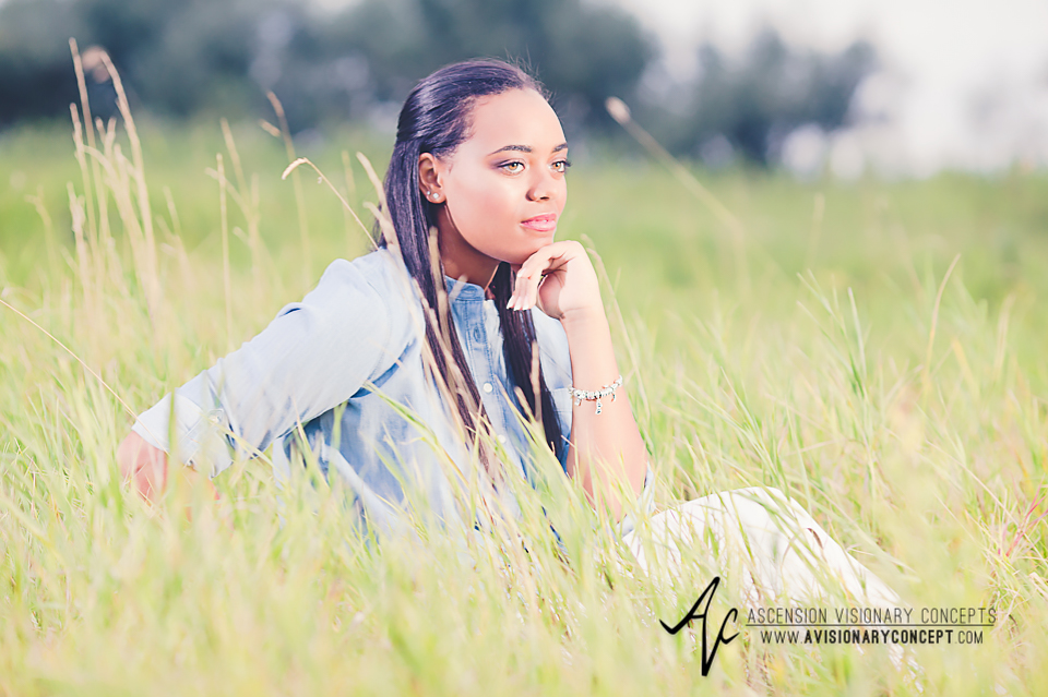 Buffalo Senior Photography Class of 2016 017 Tifft Nature Preserve Buffalo African American Teenage Girl Blue Denim Top White Jeans Hazel Eyes.jpg