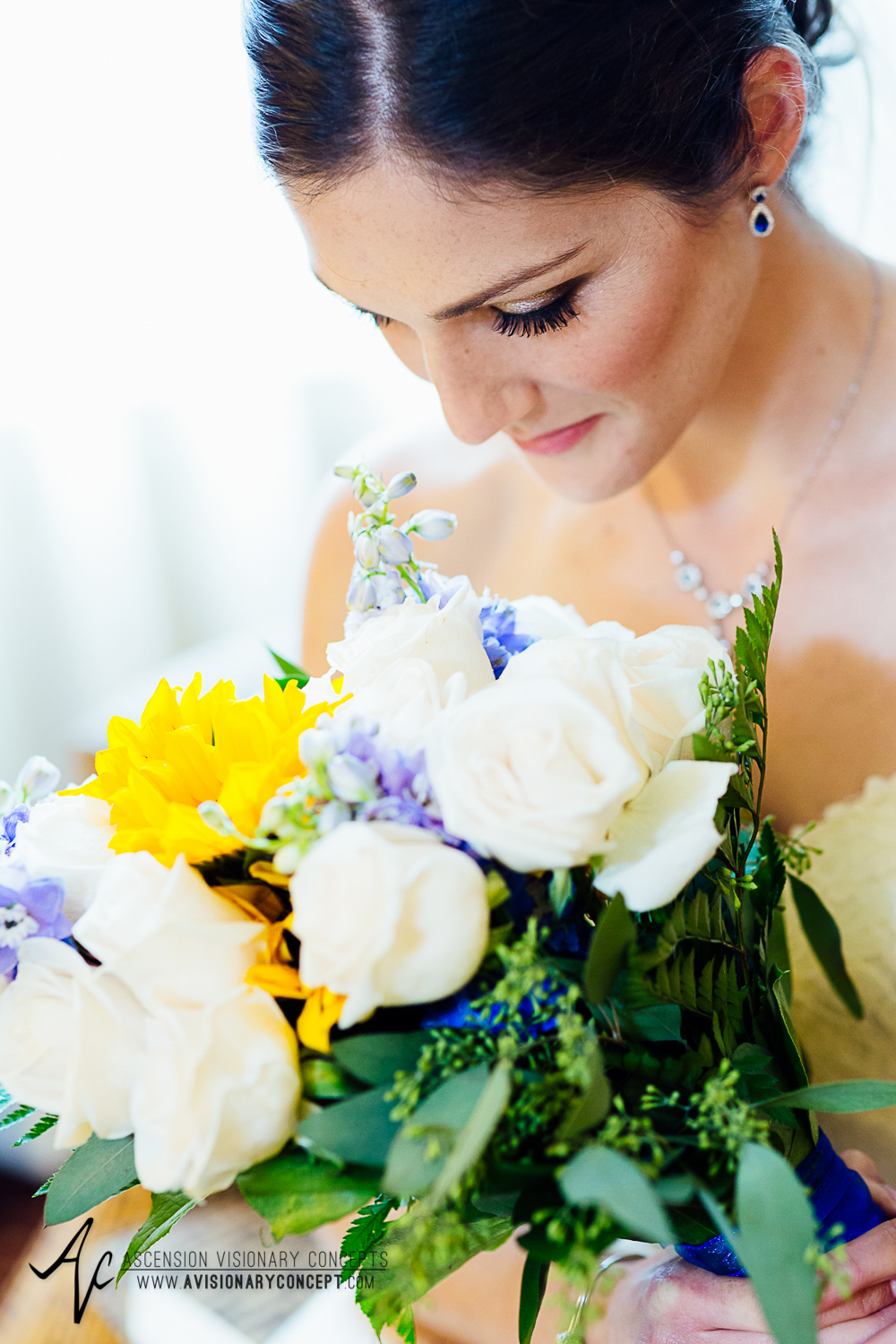 Buffalo Wedding Photography Spring Lake Winery 021 - Beautiful Bride Portraits Brunette Sunflower Bouquet.jpg