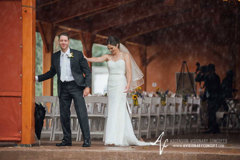 Buffalo Wedding Photography Spring Lake Winery 037 - Bride Groom First Looks Rainy Wedding Day.jpg