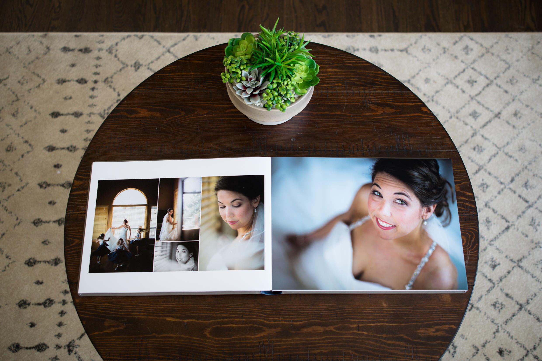 WeddingAlbumExamples-CP-TONED-181113-040.jpg