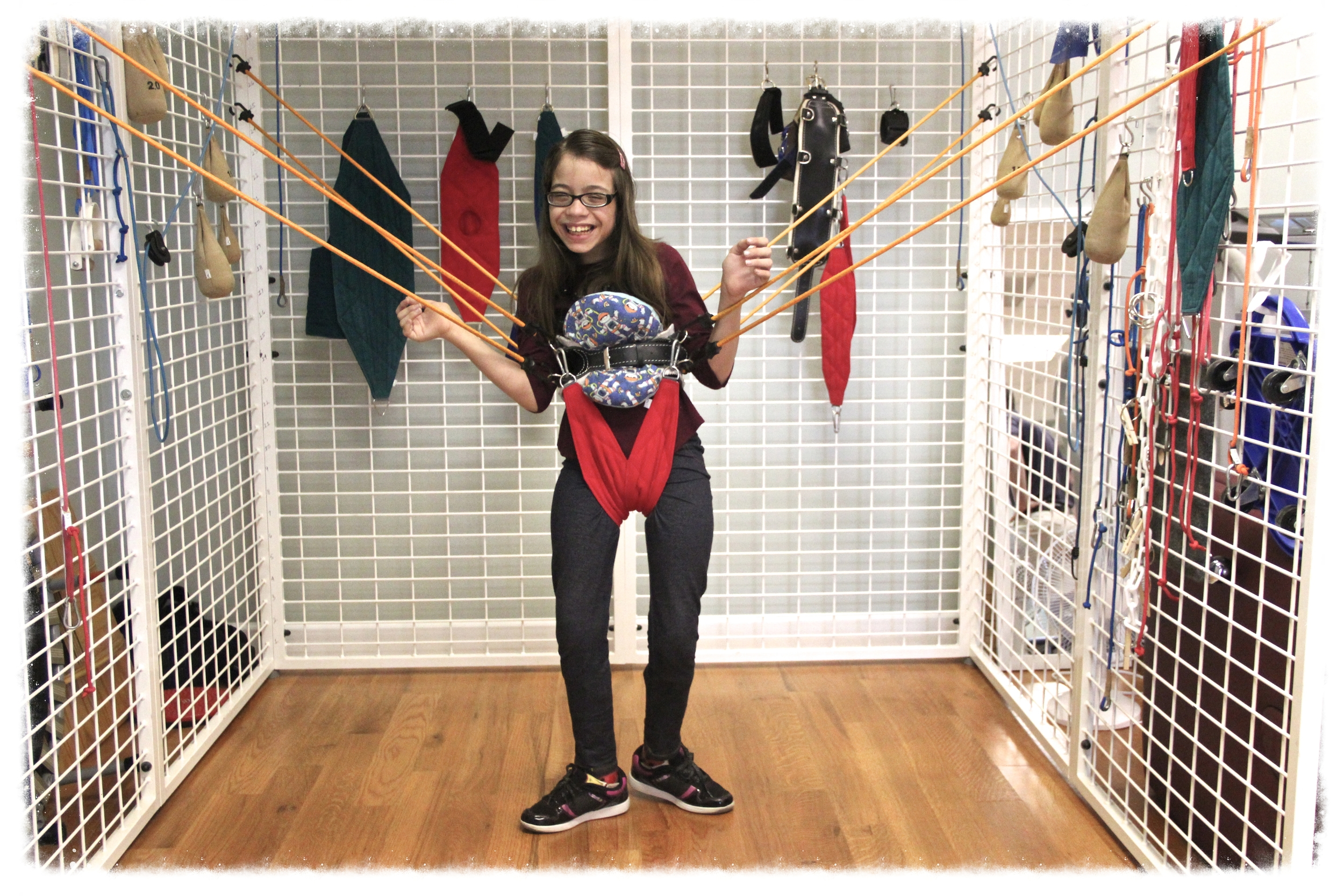 The spider cage allows children to experience independent standing with freedom of movement.