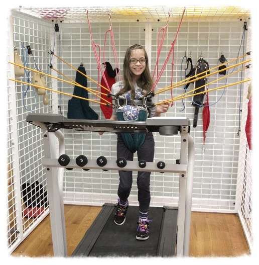 Unweighted treadmill gait training in the cage