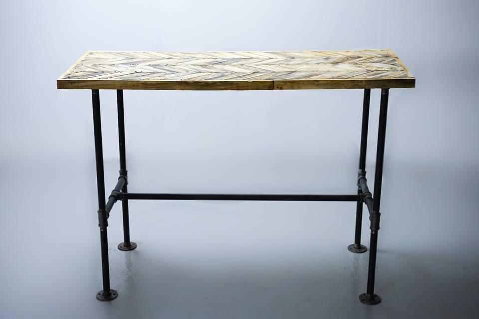 Classic flooring pattern meets table top. Here's my herringbone bar table.