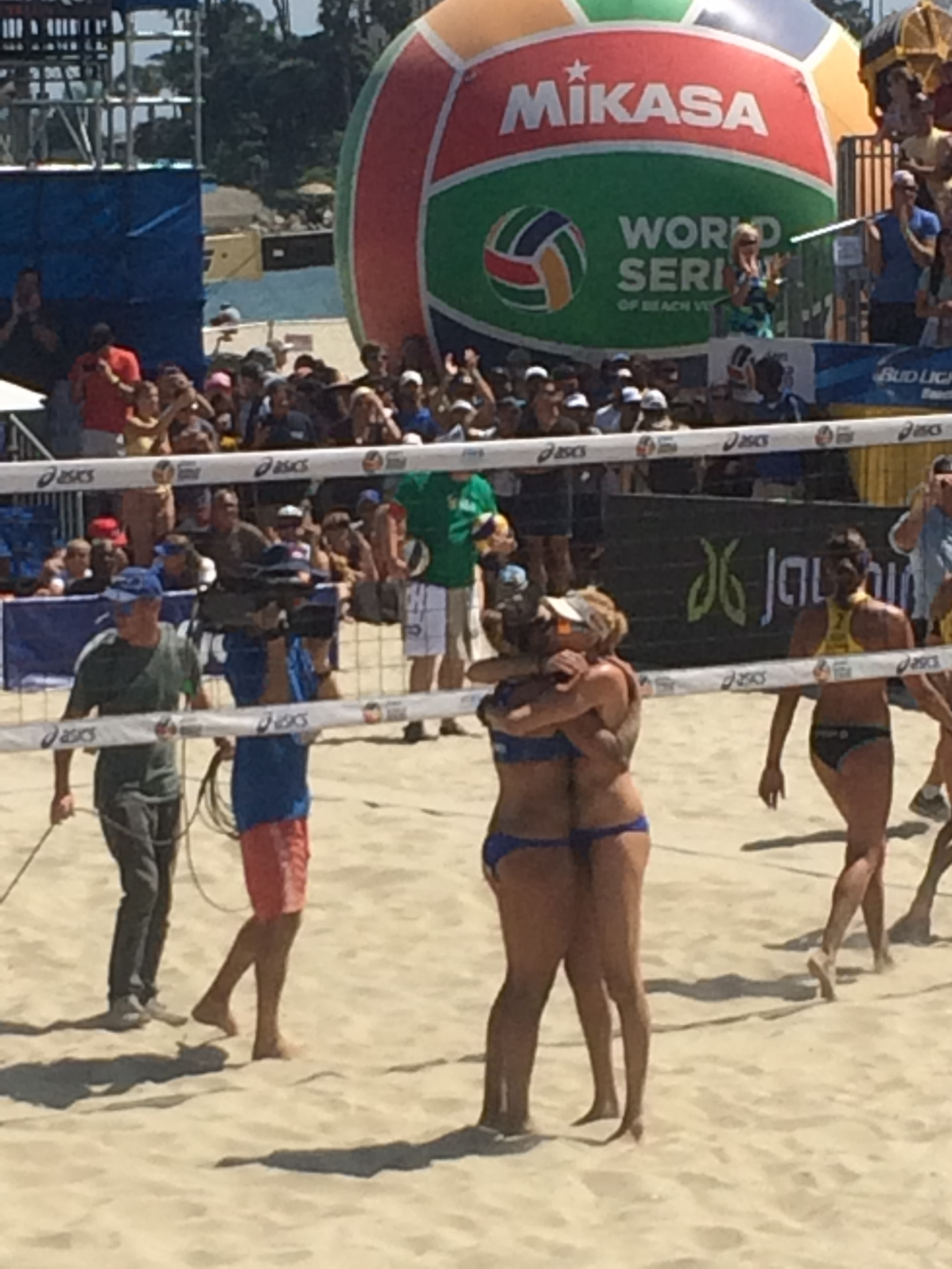 Into the Finals at Long Beach Grand Slam