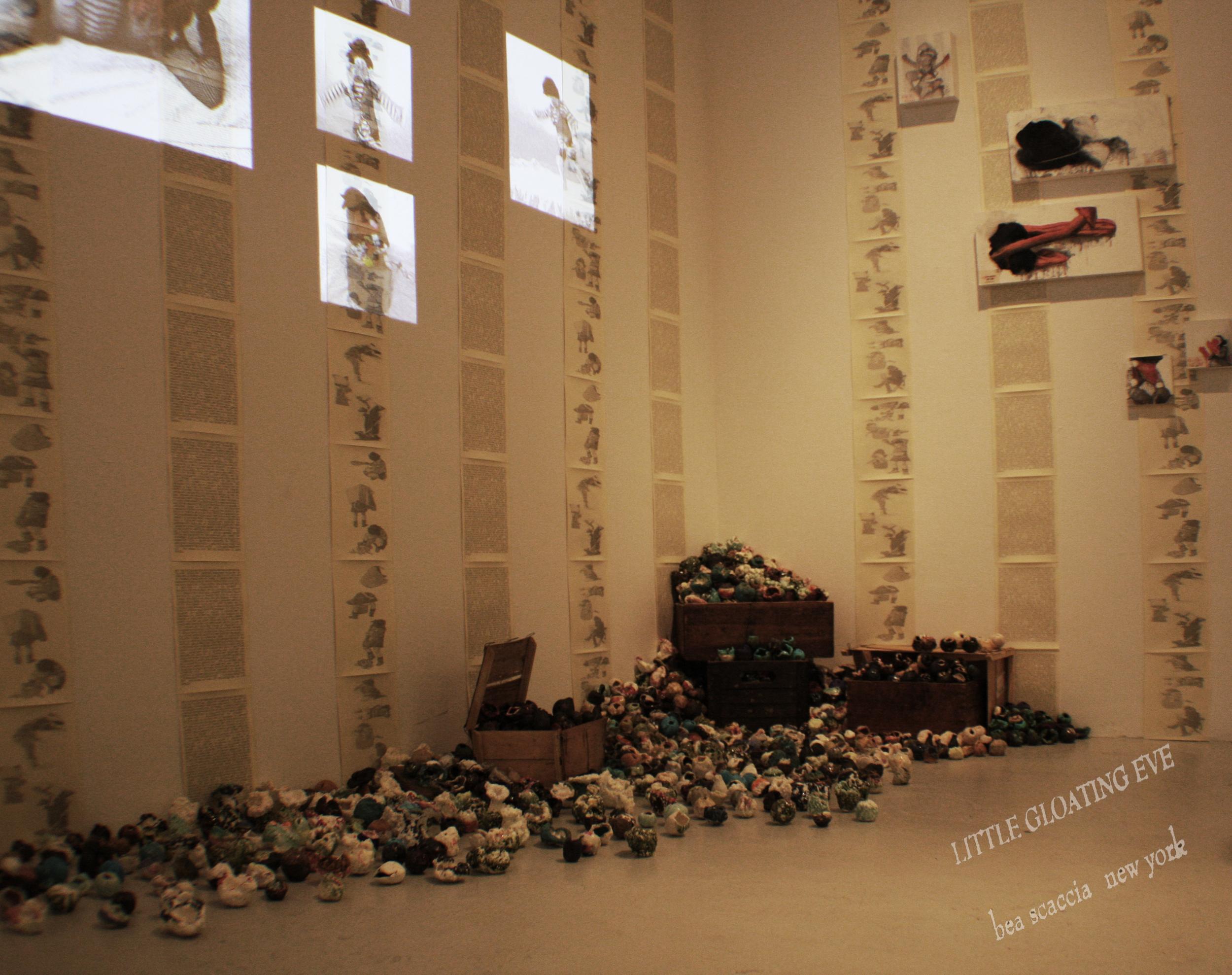 "2014 Gallery View, Toshiaki Noda's installation of ceramics""Eve's Flowers"""