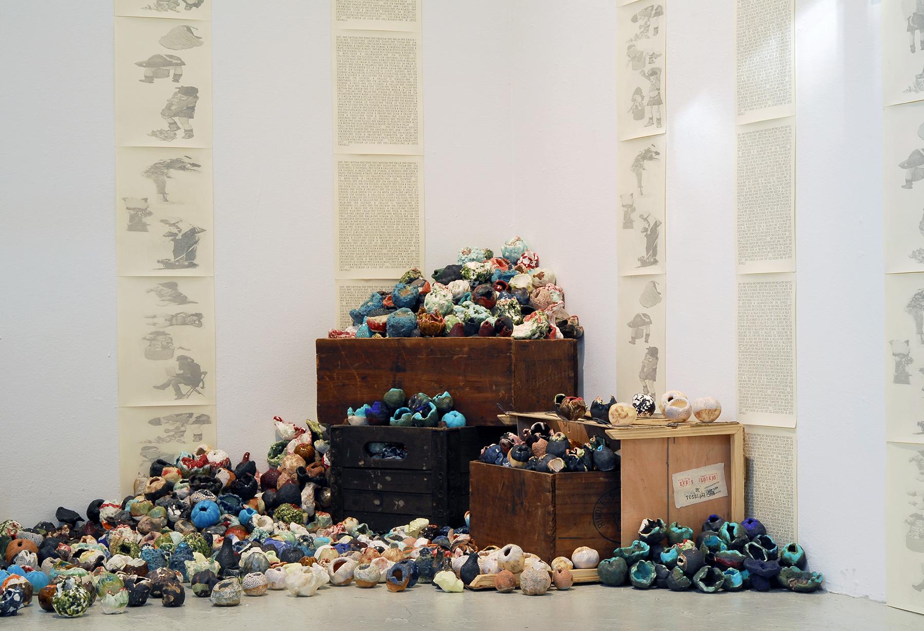 "2014 Gallery View,Toshiaki Noda's installation of ceramics""Eve's Flowers"".Photos by Samantha Wrigglesworth"